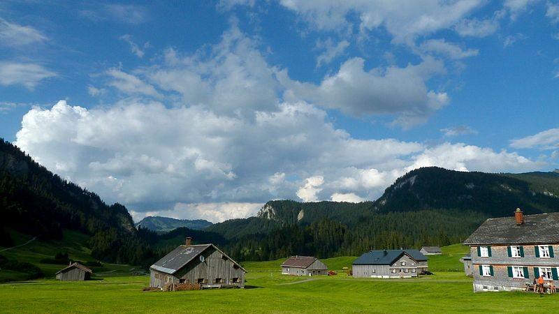 Der weite Talgrund von Schönenbach