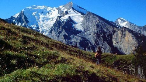 Kandersteg - Jegertosse - Fisialp - Felsenweg zur Doldenhornhütte