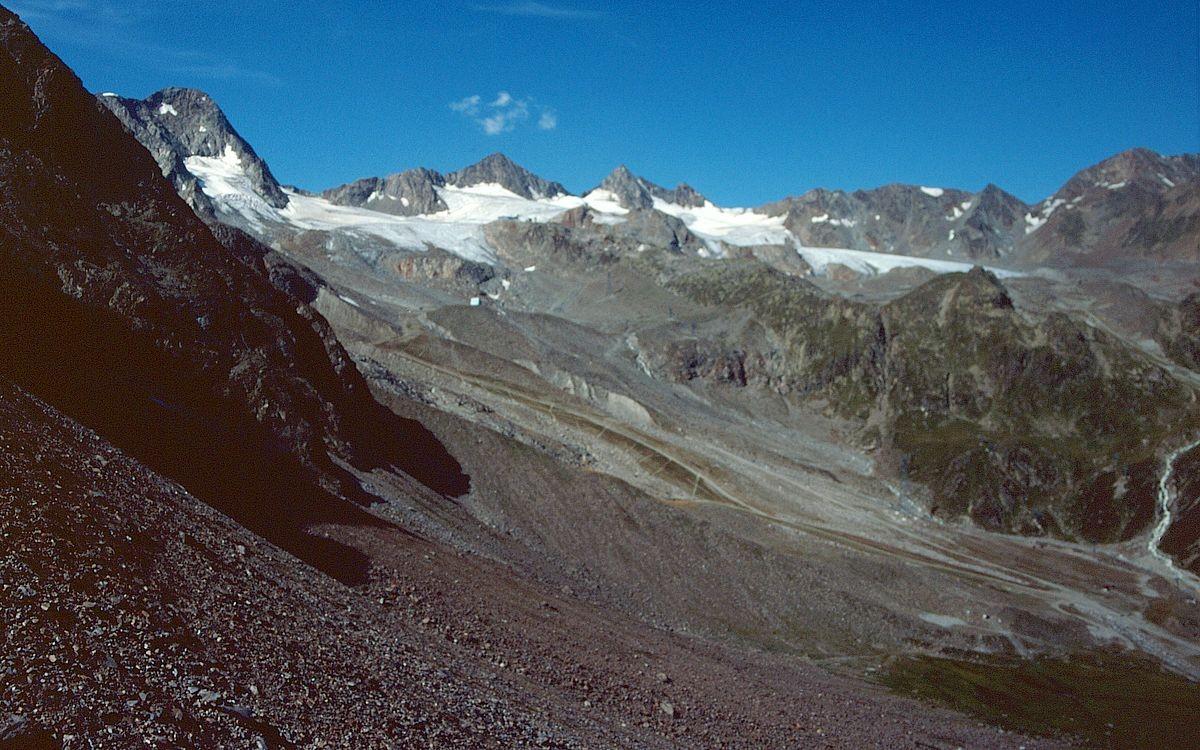 Schaufelspitze und Schaufelferner (Sommerskisgebiet ) vom Anstieg zum Peiljoch