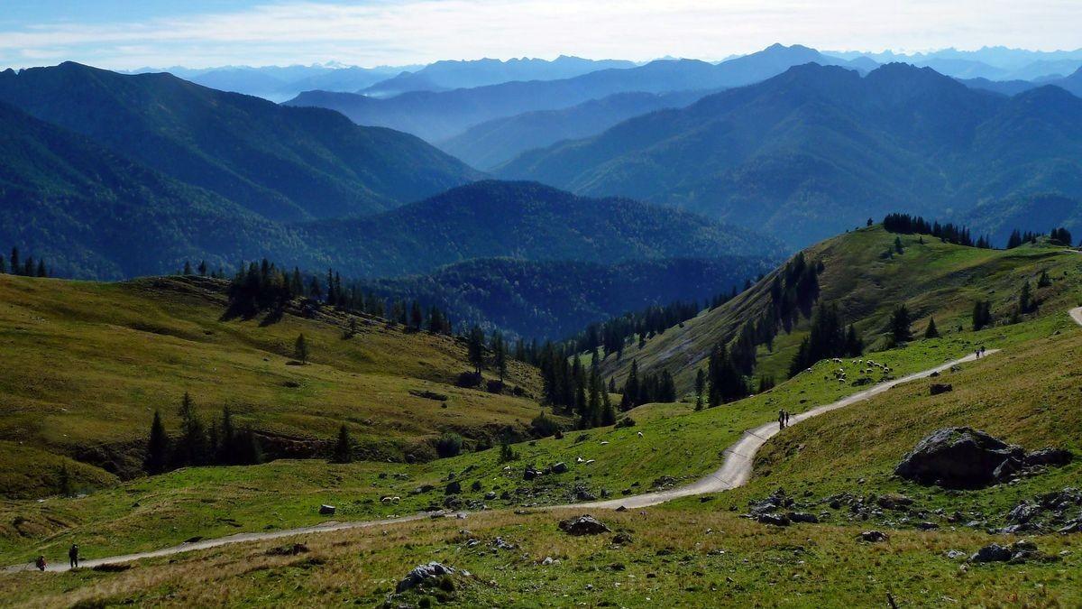 Zillertaler Alpen mit dem Olperer vom Weg Rotwandhaus - Taubenstein-Bergstation