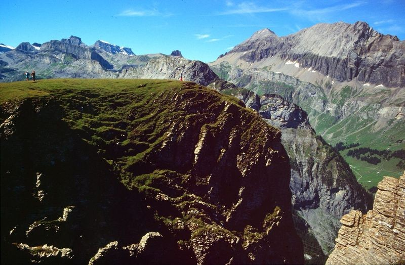 Die Felskanzel des Jegertosse mit dem Steilabfall nach drei Seiten