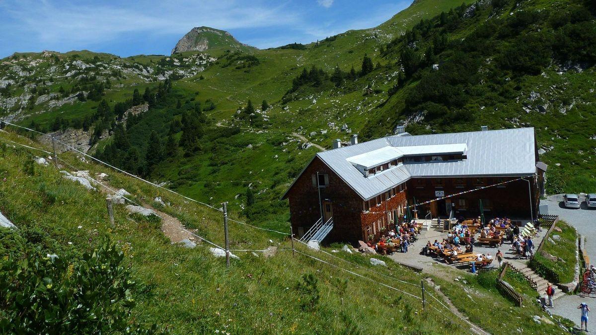 Viele Gäste auf der Freiburger Hütte an Maria Himmelfahrt