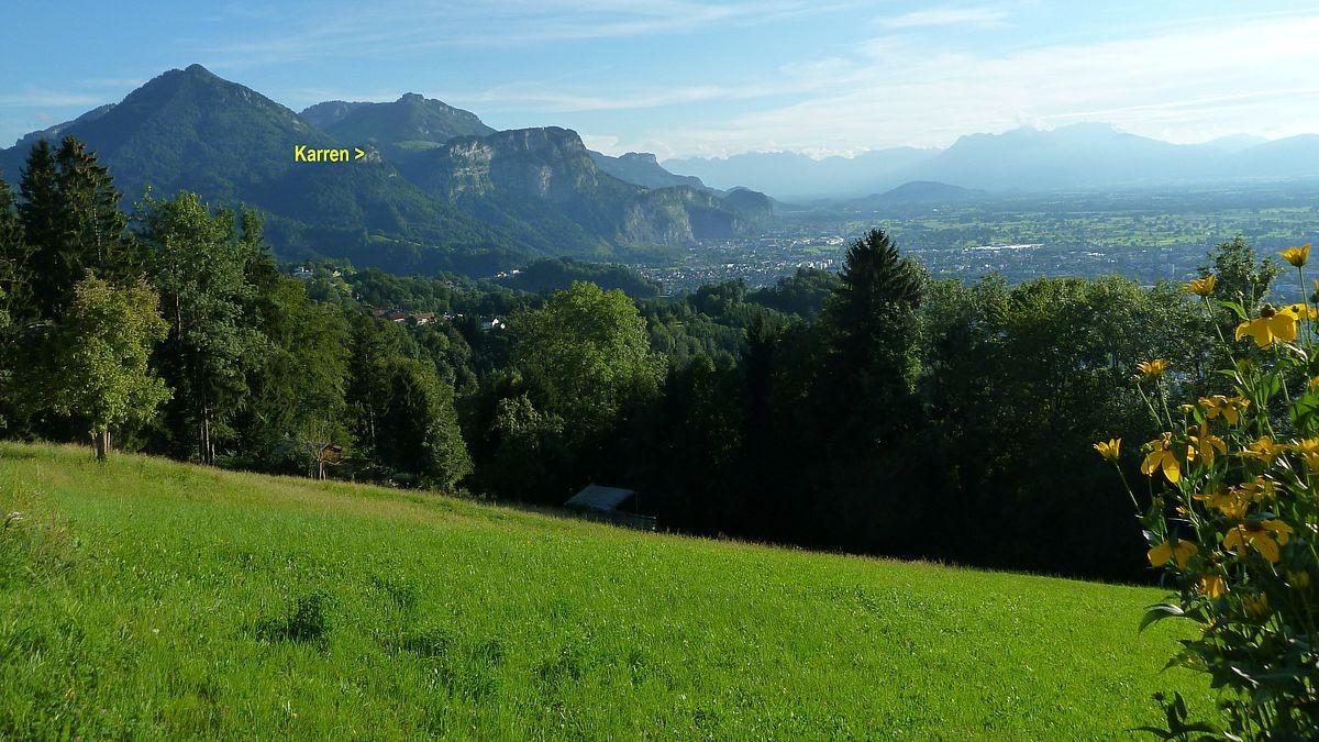 Blick zum Karren und Rheintal bei Dornbirn von der westlichen Auffahrt zum Bödele