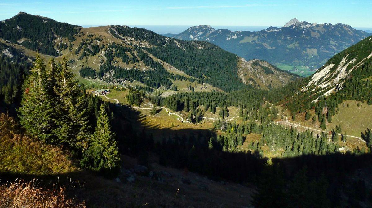 Das Taubensteinhaus vom Rückweg Rotwandhaus - Taubenstein-Bergstation