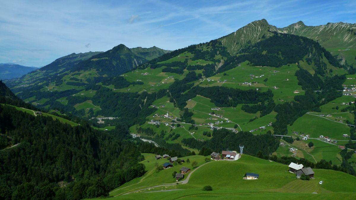 Türtschhorn und Damülser Glatthorn von der Terrasse bei der Bergstation