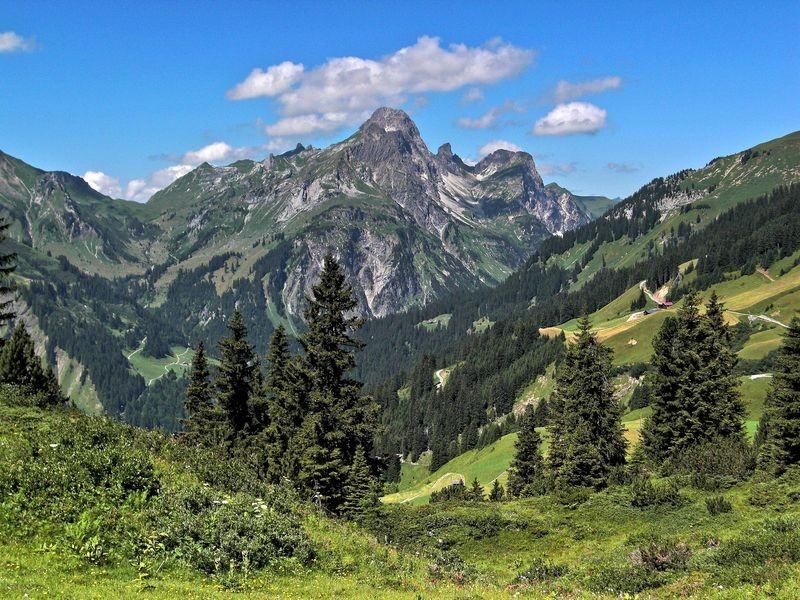 Landschaft am Hochtannberg mit Hochkünzelspitze