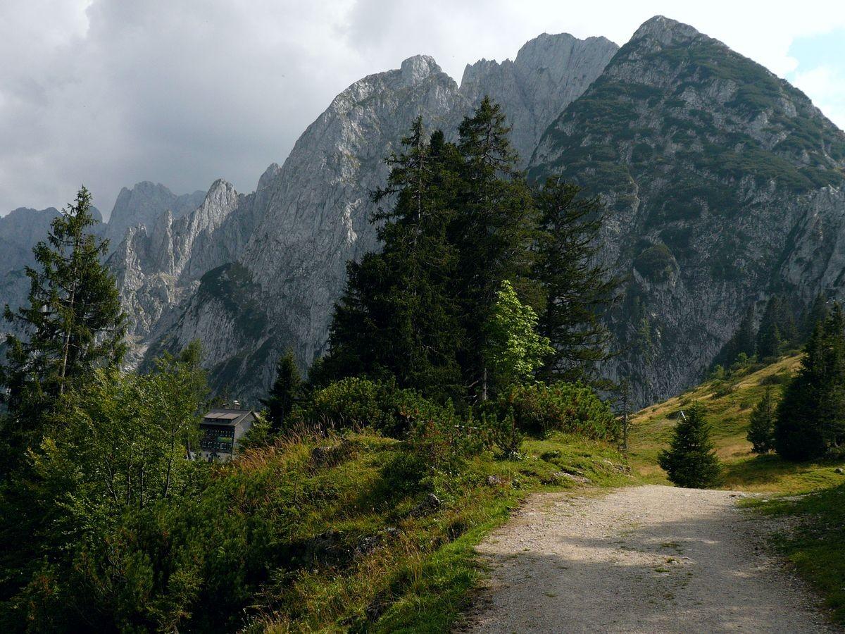 Gosaumkamm vom Weg GablonzerHütte - Zwieselalmhöhe