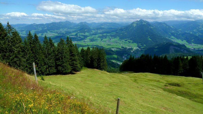 Blick vom Hochälpelekopf über den vorderen Bregenzerwald