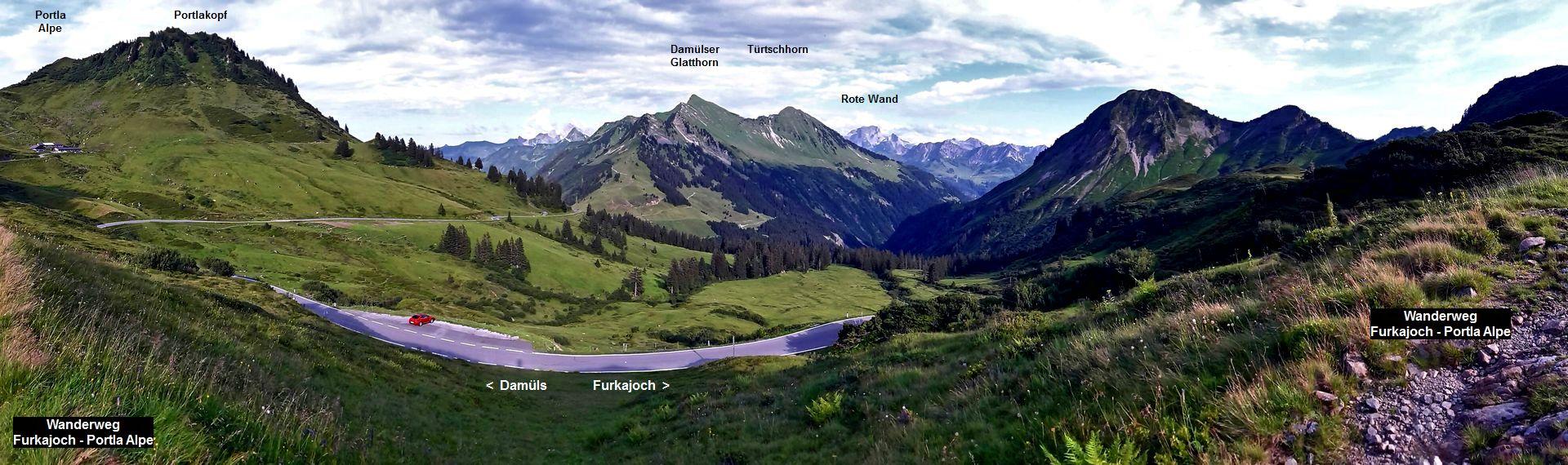 Portla Alpe, Portlakopf und Damuelser Glatthorn vom  Wanderweg oberhalb der Passstrasse Damuels-Furkajoch