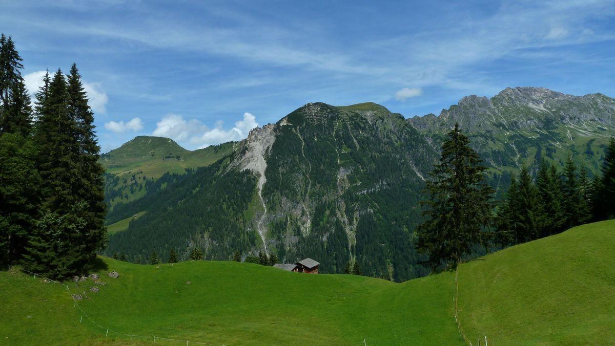 Alpgebiet bei Steinbild Vorsäß gegen Blasenka und Zitterklapfen