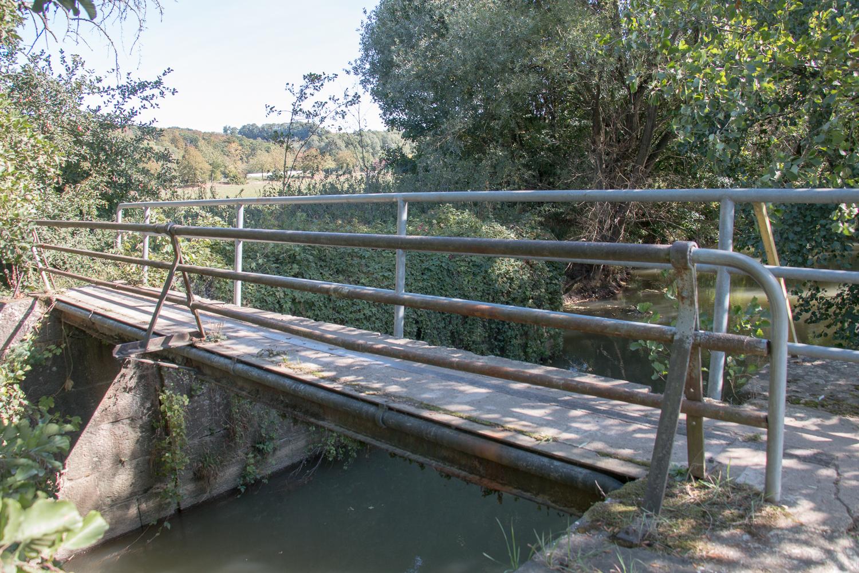 Ortswechsel: Elsenzbrücke Richtung Meckesheim