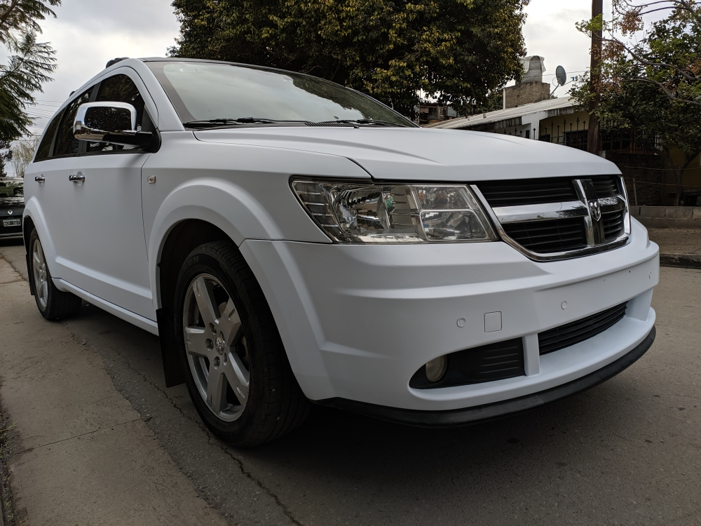 Dodge Journey, blanco mate perlado