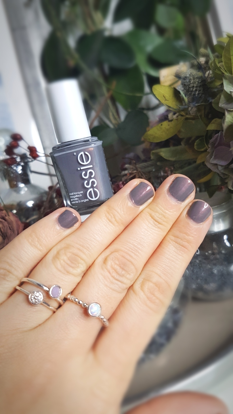 "Essie ""Social Lights"" * Affiliate Link"