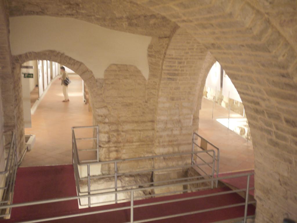 6th 100 Artist Exhibition @ Sala dei Templari / MolfettaCity in Italy   7/6/2012 - 7/29/2012