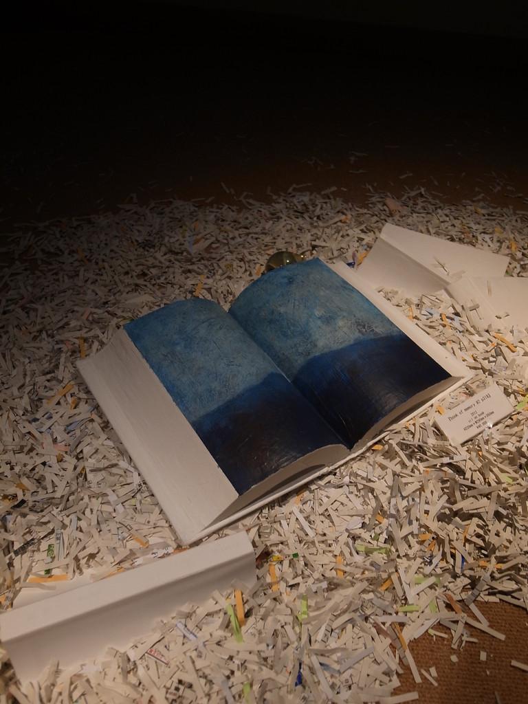 早川和明(glass art)×香山洋一(心象風景)「二人の宇宙」 展 @小川村郷土歴史館 展示室 2012.7.19 - 8.26