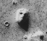 Das Marsgesicht in der Cydonia-Region; Aufnahme des Orbiters von Viking 1, 1976