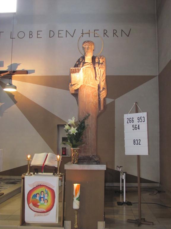 Unsere Kirche ist dem Heiligen Josef geweiht, dem Patron der Arbeiter