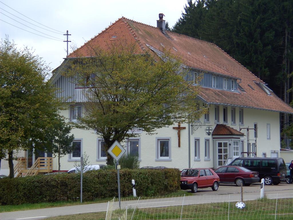 Gasthaus Kreuz in Biederbach-Höhehäuser 2010  © Hartmut Hermanns