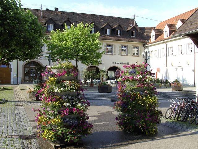 Blumenplatz in Kandern © Hartmut Hermanns