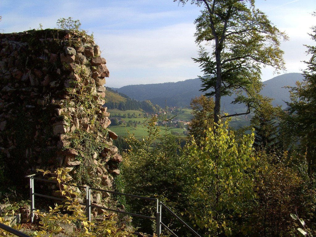Blick von der Sausenburg Richtung Vogelbach   © Hartmut Hermanns