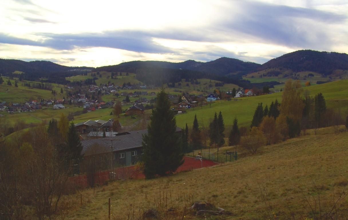Blick ins Tal   © Hartmut Hermanns