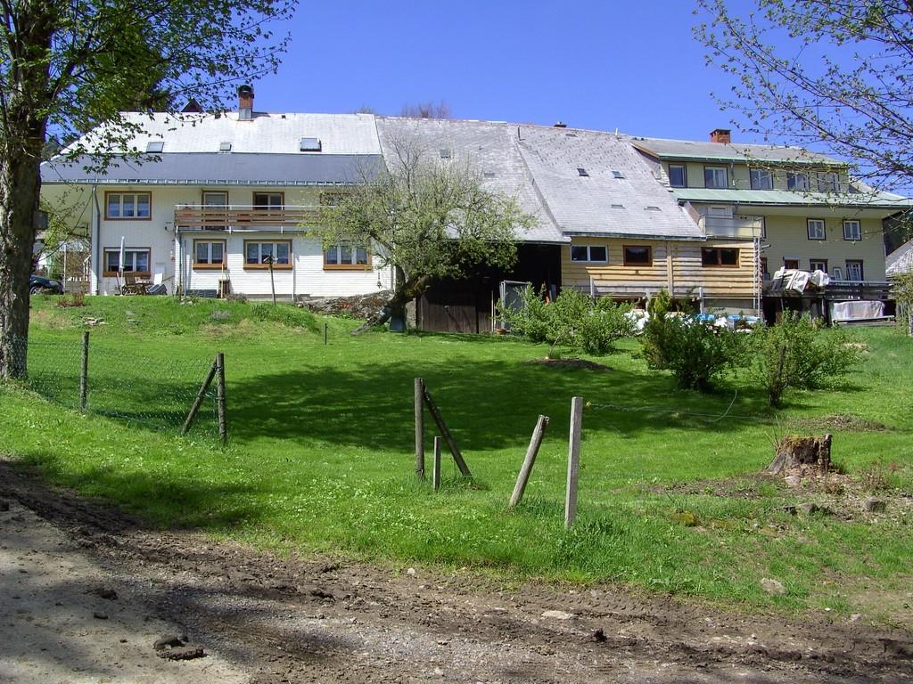 """Ehemaliges Bauernhaus - eine """"Arche""""   © Hartmut Hermanns"""