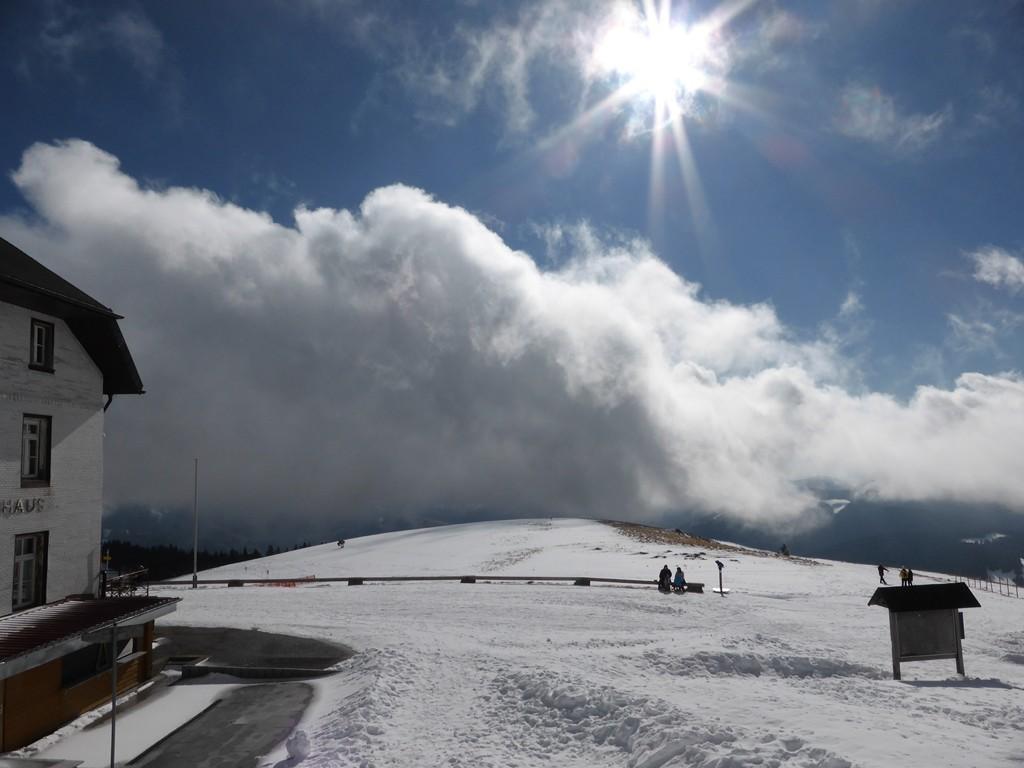 © Wolken und Sonne kämpfen Hartmut Hermanns