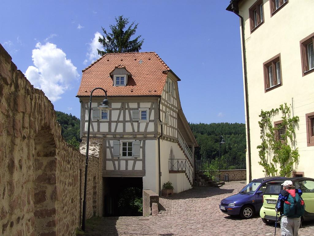 Schloss Neuenbürg                                                                 © Hartmut Hermanns