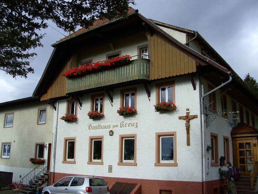 Gasthaus Zum Kreuz in Höhenhäuser
