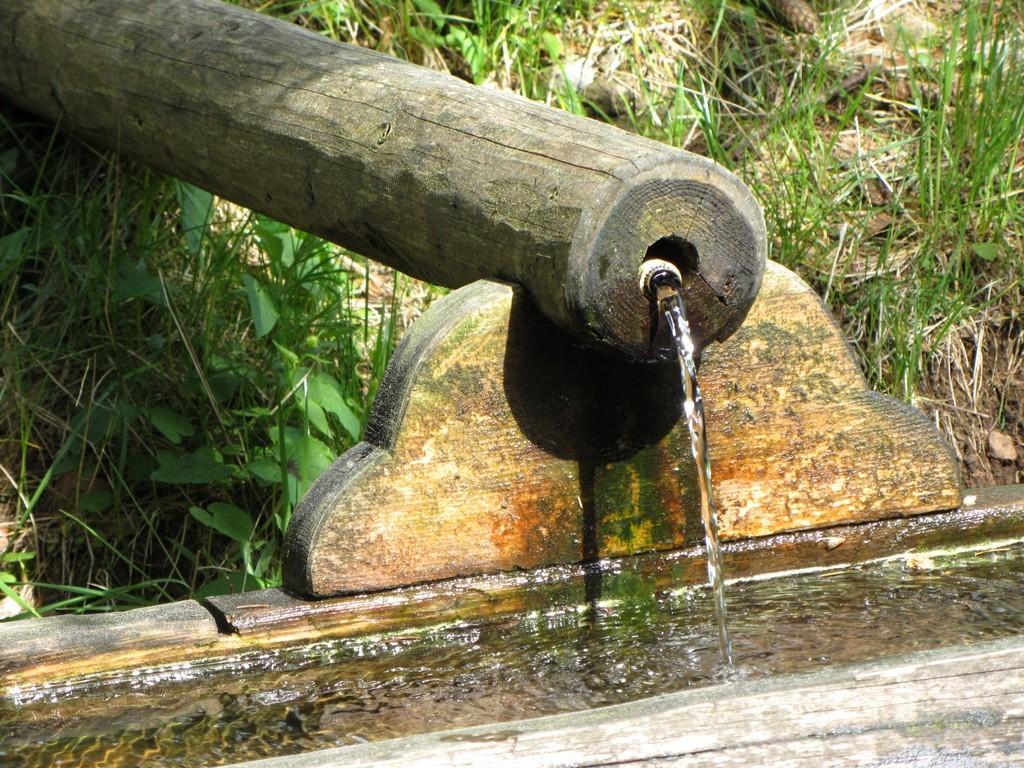 Brunnen beim Rütte Pavillon © Hartmut Hermanns