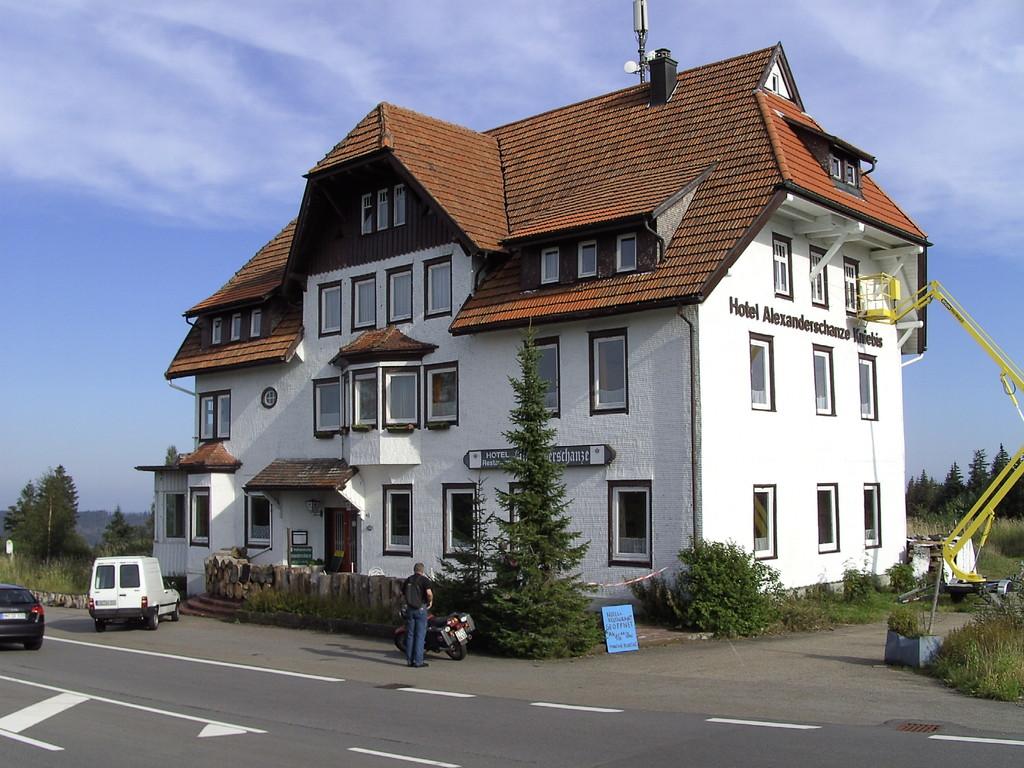 """""""Hotel"""" Alexanderschanze     © Hartmut Hermanns"""