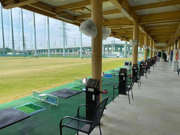 栃木県の大城ゴルフ練習場フェアウェイ様1階打席リニューアル