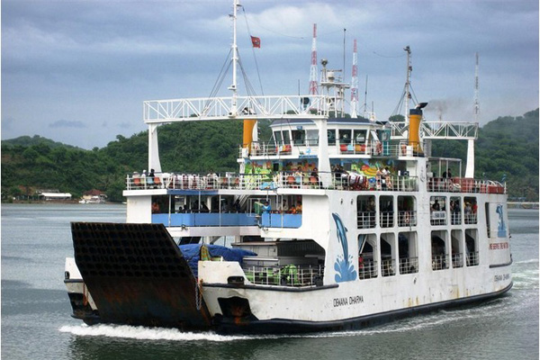 Traveling To Lombok By Public Ferry Schedules Tariff