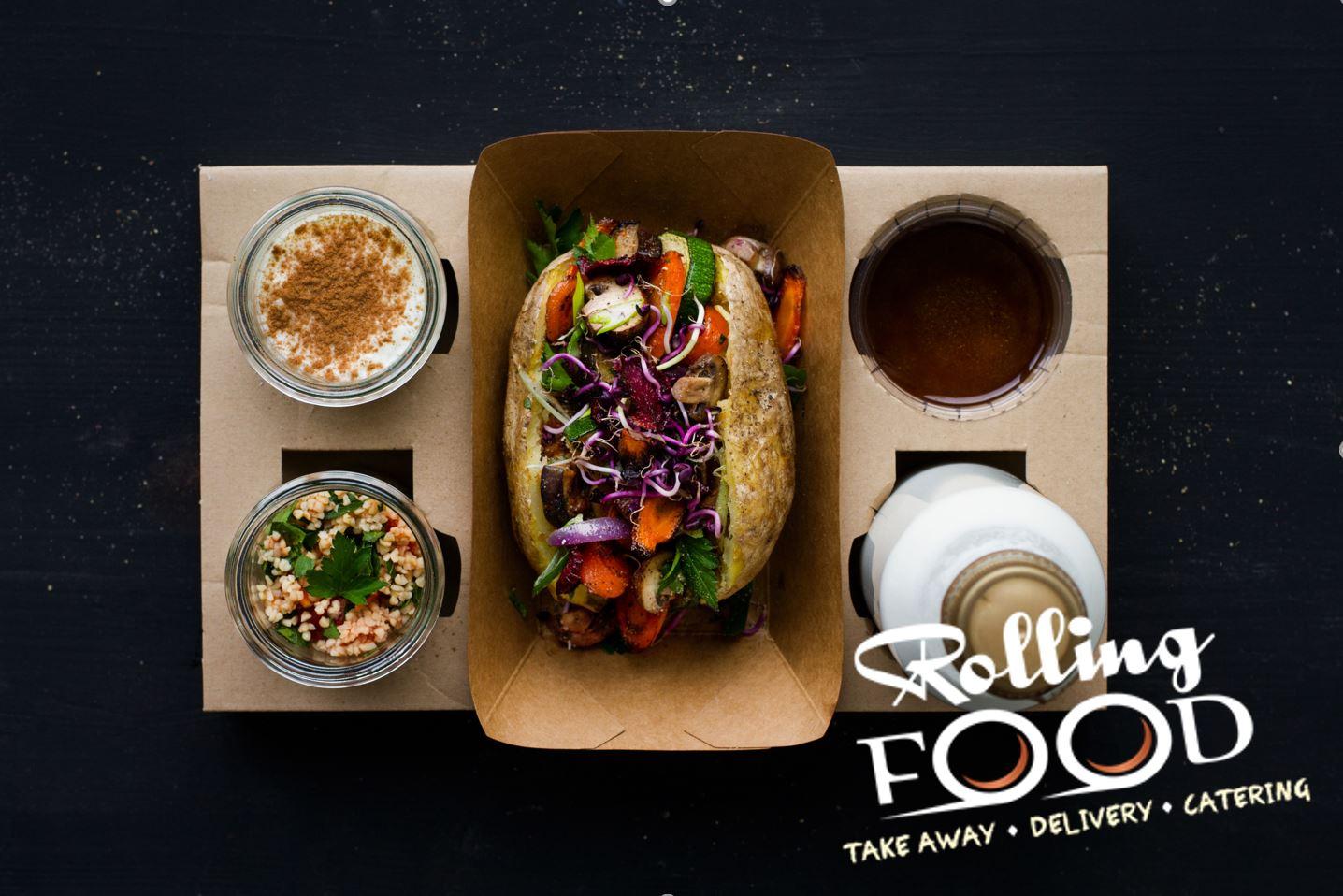 Couscous-Salat, cremiger Milchreis, Baked Potatoes und ein Joghurt Drink