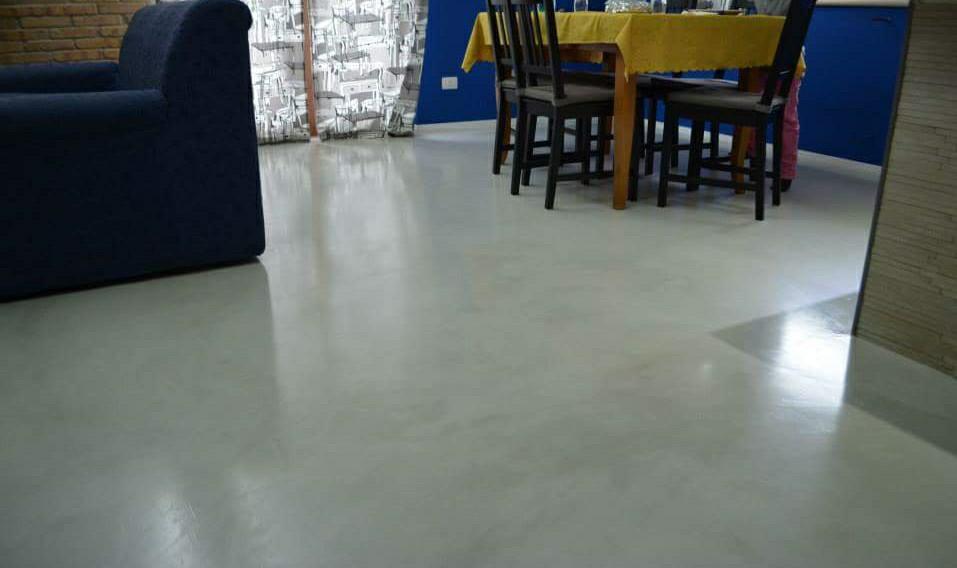 Appartamenti in resina benvenuti su resinedesign art - Resina su piastrelle esistenti ...