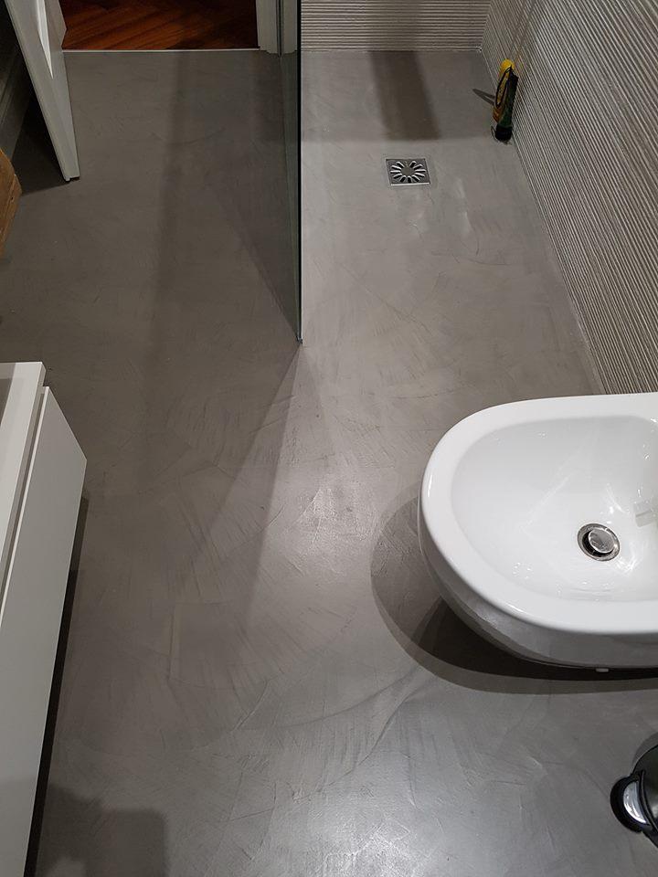 Top bagno in resina cucine rinnovate prima e dopo resina for Bagni in resina prezzi
