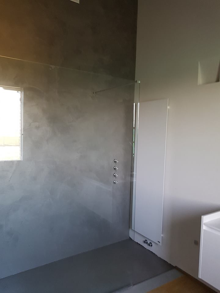 Bagni in resina benvenuti su resinedesign art decor pavimenti rivestimenti in resina e - Pareti doccia in resina ...