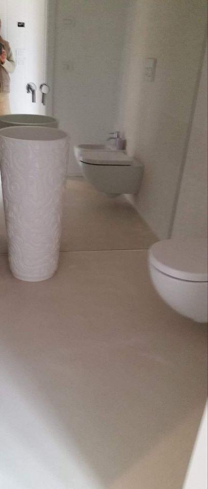 Appartamenti in resina benvenuti su resinedesign art decor pavimenti rivestimenti in resina e - Autolivellante su piastrelle ...
