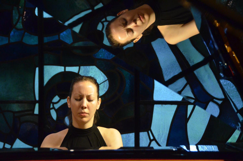 Studentin Zeljka Mandaric (Kroatien ) beim Konzert in der Hauskapelle  2014