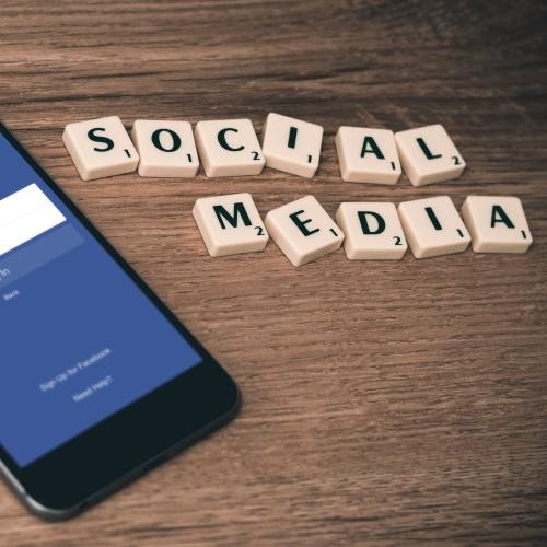 Facebook, Instagram, Pinterest, Twitter und YouTube - werde Teil unserer Community!