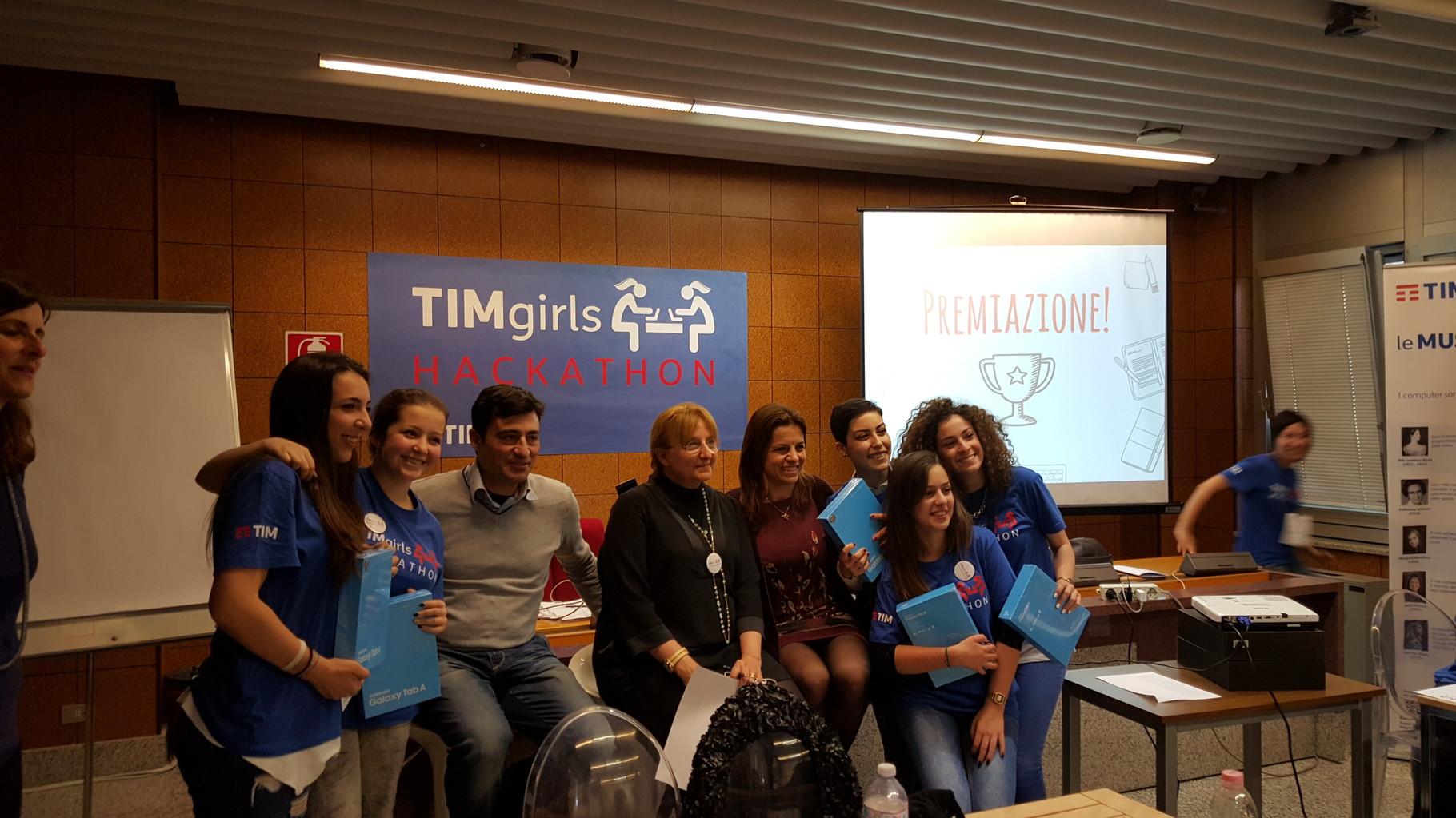 Foto con la giuria    (Ph. Beatrice Artizzu)