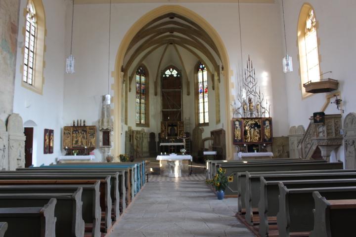 Blick auf das Kirchenschiff