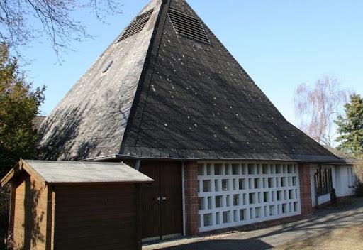 Kirche Cyriaxweimar, Bildquelle: ev.-luth. Kirchengemeinde Oberweimar
