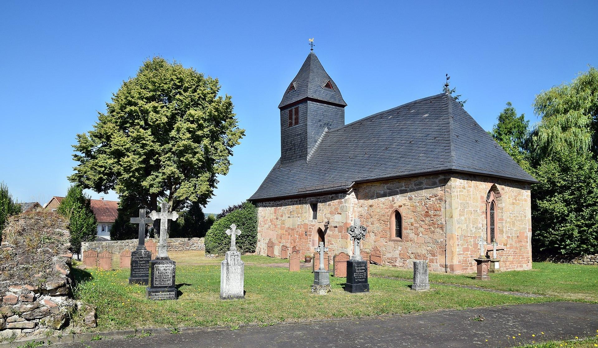 Kirche Wolfshausen, Bildquelle: Hydro, wikipedia