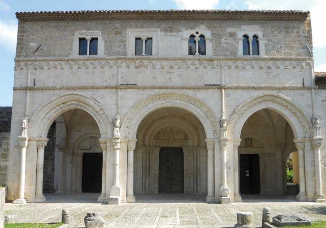 Abbazia San Clemente a Casauria