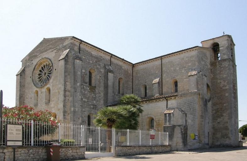 Abbazia di Santa Maria Arabona nei pressi di Manoppello