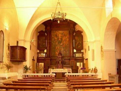 Interno chiesa di Sant'Antonio - Altare maggiore