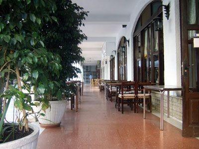 Terraza del restaurante Aitona de Benidorm