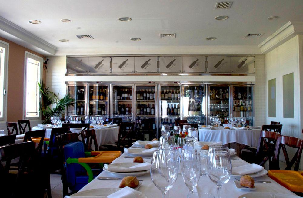 Salón restaurante Jena Montecanal