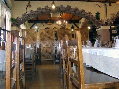 Servicio de mesa del restaurante Aitona